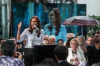 """BUENOS AIRES, ARGENTINA, 19.05.2015 - KIRCHNER-ARGENTINA - Presidente da Argentina Cristina Fernandez Kirchner inaugura o """"Memory Site"""" no Casino do ex-diretor da ESMA infame (sigla em Espanhol para Mecânica Naval Escola). A ESMA funcionava como um centro de detenção durante a última ditadura militar, onde mais de 5000 pessoas foram presos ilegalmente, torturados e mortos na maioria dos casos. Alguns dos prisioneiros foram lançados vivos para o River Plate no que foi chamado os voos da morte na cidade de Buenos Aires na Argentina nesta terça-feira, 19. (Foto: Patricio Murphy / Brazil Photo Press)"""