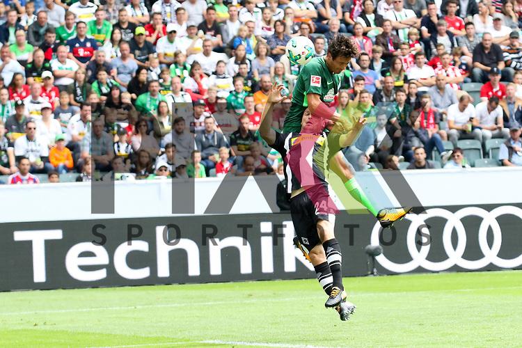 Gladbachs Tony Jantschke (Nr.24) hoch zum Kopfball gegen Bremens Thomas Delaney (Nr.6)  beim Telecom Cup 2017 Borussia Moenchengladbach - SV Werder Bremen.<br /> <br /> Foto &copy; PIX-Sportfotos *** Foto ist honorarpflichtig! *** Auf Anfrage in hoeherer Qualitaet/Aufloesung. Belegexemplar erbeten. Veroeffentlichung ausschliesslich fuer journalistisch-publizistische Zwecke. For editorial use only.