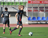 20131025 - LIVADIA , GREECE : Belgian Julie Biesmans pictured during the matchday - 1 training from  Belgium , on  matchday minus 1 on the third matchday in group 5 of the UEFA qualifying round to the FIFA Women World Cup in Canada 2015 at the Levadia Municipal Stadium  , Livadia . friday 25th October 2013. PHOTO DAVID CATRY