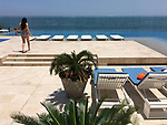 Colombia, Cartagena de Indias -- July 21, 2017 -- Bocagrande, modern part of town with high-standard hotels, apartment buildings and popular beaches; here, infinity pool at the 11th floor of a luxury hotel -- architecture, tourism -- Photo © HorstWagner.eu