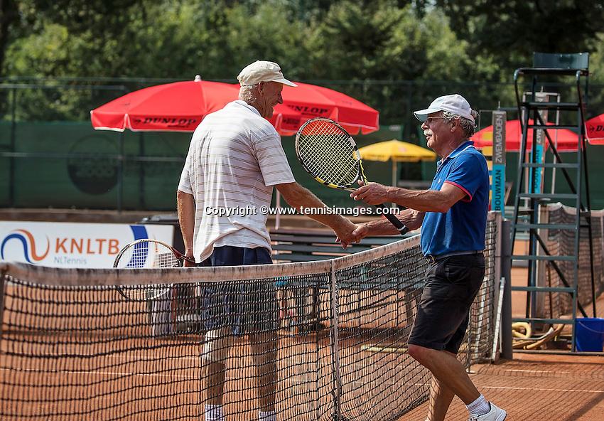 Etten-Leur, The Netherlands, August 23, 2016,  TC Etten, NVK, Onno van der Spoel (R) congratulates Benno de Jel (NED)<br /> Photo: Tennisimages/Henk Koster