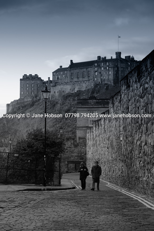 View towards Edinburgh Castle from Heriot Place.