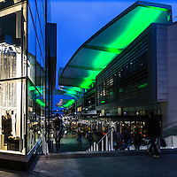 Il centro commerciale Westfield a Shepherd's Bush.<br /> <br /> The shopping center Westfield in Shepherd's Bush