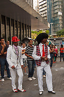 BELO HORIZONTE-MG-20.10.2013 - SOUL DANCE- Grupo de dança de soul music e black music na praça 7 no centro de Belo Horizonte.Neste domingo ,20-(Foto: Sergio Falci / Brazil Photo Press)