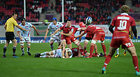 Scarlets' Gareth Davies whips the ball out<br /> <br /> Photographer Ian Cook/CameraSport<br /> <br /> European Rugby Champions Cup - Scarlets v Racing 92 - Saturday 13th October 2018 - Parc y Scarlets - Llanelli<br /> <br /> World Copyright &copy; 2018 CameraSport. All rights reserved. 43 Linden Ave. Countesthorpe. Leicester. England. LE8 5PG - Tel: +44 (0) 116 277 4147 - admin@camerasport.com - www.camerasport.com