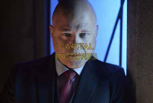 Gotham (2014 - ) <br /> (Season 2)<br /> Michael Chiklis as Captain Nathaniel Barnes<br /> *Filmstill - Editorial Use Only*<br /> CAP/KFS<br /> Image supplied by Capital Pictures