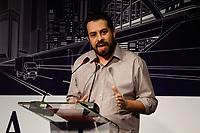 SÃO PAULO, SP, 20.08.2018: ELEIÇÕES-FÓRUM-PRESIDÊNCIÁVEIS - O candidato do PSOL à Presidência da República, Guilherme Boulos, participa do Abdib Fórum (Agenda da infraestrutura com Presidenciáveis), no Hotel Tivoli Mofarrej, em São Paulo, nesta segunda-feira, 20. (Foto: Fábio Vieira/FotoRua)