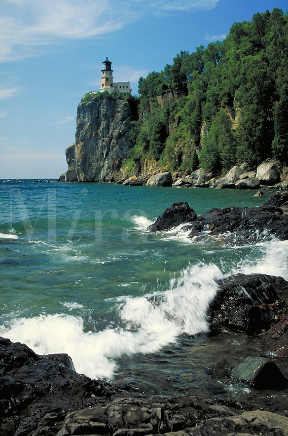 Lighthouse atop 100-ft headland on Lake Superior, Split Rock Lighthouse State Park near Two Harbors. Two Harbors Minnesota USA Lake Superior.