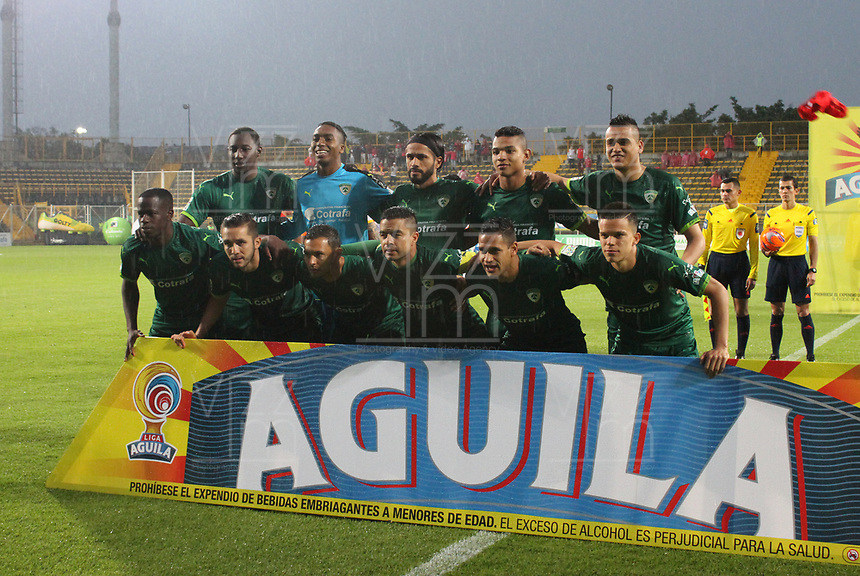 BOGOTA -COLOMBIA, 10-05-2017.Team of Equidad. Action game between Equidad and Independiente Santa Fe  during match for the date 17 of the Aguila League I 2017 played at Metropolitano de Techo  stadium . Photo:VizzorImage / Felipe Caicedo  / Staff