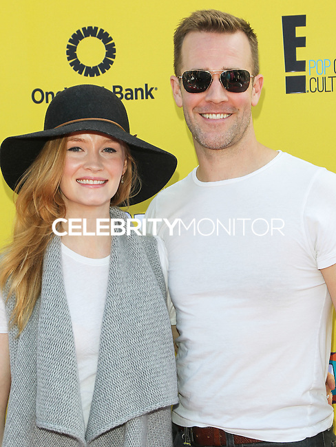 SANTA MONICA, CA, USA - NOVEMBER 16: Kimberly Brooks, James Van Der Beek arrives at the P.S. ARTS Express Yourself 2014 held at The Barker Hanger on November 16, 2014 in Santa Monica, California, United States. (Photo by Celebrity Monitor)