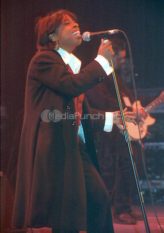 Hammersmith Odeon, London 17 February 1993 . Credit: Ian Dickson/MediaPunch