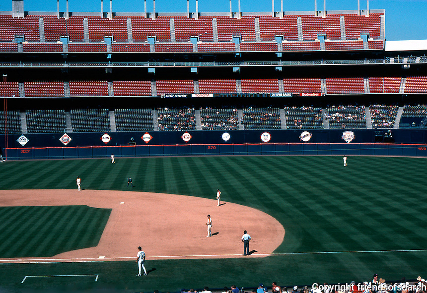 Ballparks: San Diego--Jack Murphy Stadium. Game on 9/29/92.