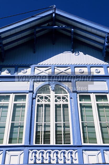 Europe/France/Aquitaine/33/Gironde/Bassin d'Arcachon/Arcachon: La ville d'été - Détail de la façade d'une maison rue Maréchal de Lattre de Tassigny