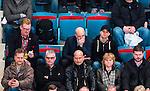 Stockholm 2014-02-24 Ishockey Hockeyallsvenskan Djurg&aring;rdens IF - S&ouml;dert&auml;lje SK :  <br /> Sveriges statsminister Fredrik Reinfeldt p&aring; l&auml;ktaren under matchen<br /> (Foto: Kenta J&ouml;nsson) Nyckelord:  supporter fans publik supporters