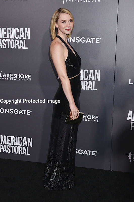 Valorie Curry @ the premiere of 'American Pastoral' held @ the Academy Theatre. October 13, 2016 , Beverly Hills, USA. # PREMIERE DU FILM 'AMERICAN PASTORAL' A BEVERLY HILLS