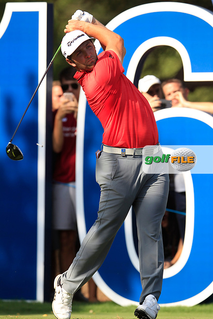 Jon Rahm (ESP) on the 16th tee during the final round of the DP World Tour Championship, Jumeirah Golf Estates, Dubai, United Arab Emirates. 18/11/2018<br /> Picture: Golffile | Fran Caffrey<br /> <br /> <br /> All photo usage must carry mandatory copyright credit (&copy; Golffile | Fran Caffrey)