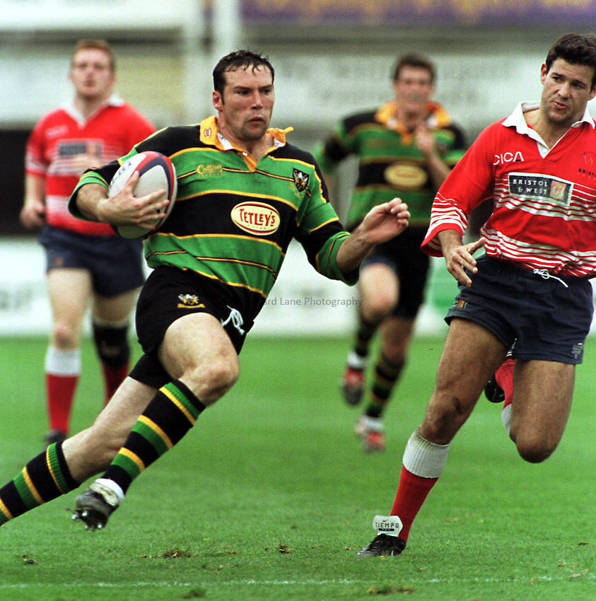 Photo Richard Lane. .Northampton v Bristol. 29/8/98. Northampton wing, Craig Moir heads for the Bristol line.