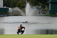 September 24th, 2006. American Ryder Cup team player Tom Dodds on the 17th green during the singles final session of the last day of the 2006 Ryder Cup at the K Club in Straffan,. County Kildare in the Republic of Ireland...Photo: Eoin Clarke/ Newsfile..