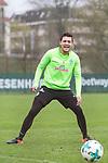 14.04.2018, Trainingsgelaende, Bremen, GER, 1.FBL, Training SV Werder Bremen<br /> <br /> im Bild<br /> Zlatko Junuzovic (Werder Bremen #16) lacht, <br /> <br /> Foto &copy; nordphoto / Ewert