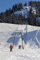 Skilift  auf dem Söllereck bei  Oberstdorf im Allgäu, Bayern, Deutschland<br /> ski lift on Mt.  Sellereck  near Oberstdorf, Allgäu, Bavaria, Germany