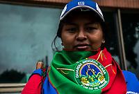 BOGOTA - COLOMBIA, 15-06-2018: Guardia indígena NASA, realizando campaña a favor del candidato Gustavo Petro en las calles de Bogotá. La segunda vuelta de las elecciones presidenciales de Colombia de 2018 se celebrarán el domingo 17 de junio de 2018. El candidato ganador gobernará por un periodo máximo de 4 años fijado entre el 7 de agosto de 2018 y el 7 de agosto de 2022. / Indigenous guard, NASA, doing campaign in favor of the candidate Gustavo Petro, in the Bogotá streets . Colombia's 2018 second round presidential election will be held on Sunday, June 17, 2018. The winning candidate will govern for a maximum period of 4 years fixed between August 7, 2018 and August 7, 2022. Photo: VizzorImage / Nicolas Aleman / Cont