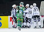 Stockholm 2014-01-10 Bandy Elitserien Hammarby IF - Sandvikens AIK :  <br /> Hammarbys Anders Persson  deppar efter att Sandvikens Erik Pettersson gjort ett av sina m&aring;l<br /> (Foto: Kenta J&ouml;nsson) Nyckelord:  depp besviken besvikelse sorg ledsen deppig nedst&auml;md uppgiven sad disappointment disappointed dejected