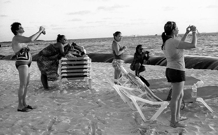 02.2012 Isla Mujeres (Mexico)<br /> <br /> Plage de Isla Mujeres.<br /> <br /> Beach of Isla Mujeres.