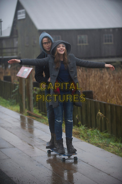 Jamie Blackley, Chloe Grace Moretz<br /> in If I Stay (2014) <br /> *Filmstill - Editorial Use Only*<br /> CAP/NFS<br /> Image supplied by Capital Pictures
