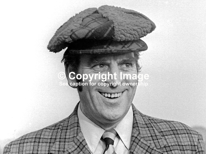 Tom Raymond, comedian, Belfast, N Ireland, brother of Marjorie Rea. Tom's daytime job was in the reprographics department, Belfast Telegraph. 197503000201a<br /> <br /> Copyright Image from Victor Patterson, 54 Dorchester Park, Belfast, UK, BT9 6RJ<br /> <br /> t: +44 28 90661296<br /> m: +44 7802 353836<br /> vm: +44 20 88167153<br /> e1: victorpatterson@me.com<br /> e2: victorpatterson@gmail.com<br /> <br /> For my Terms and Conditions of Use go to www.victorpatterson.com