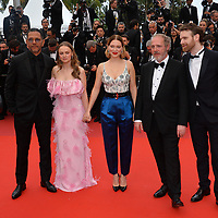 "CANNES, FRANCE. May 22, 2019: Roschdy Zem, Sara Forestier, Lea Seydoux, Arnaud Desplechin & Antoine Reinartz at the gala premiere for ""Oh Mercy!"" at the Festival de Cannes.<br /> Picture: Paul Smith / Featureflash"