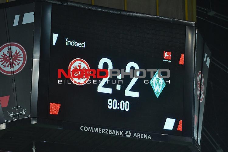 06.10.2019, Commerzbankarena, Frankfurt, GER, 1. FBL, Eintracht Frankfurt vs. SV Werder Bremen, <br /> <br /> DFL REGULATIONS PROHIBIT ANY USE OF PHOTOGRAPHS AS IMAGE SEQUENCES AND/OR QUASI-VIDEO.<br /> <br /> im Bild: Endstand / Endergebnis / Anzeigetafel / Feature<br /> <br /> Foto © nordphoto / Fabisch