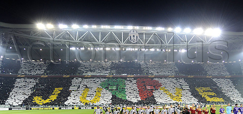 13.03.2014. Turin, Italy. Europa League football. Juventus versus Fiorentina. Goal celebrations from Juventus from Arturo Vidal A apnoramic view of the stadium. . The game ended in a 1-1 draw.
