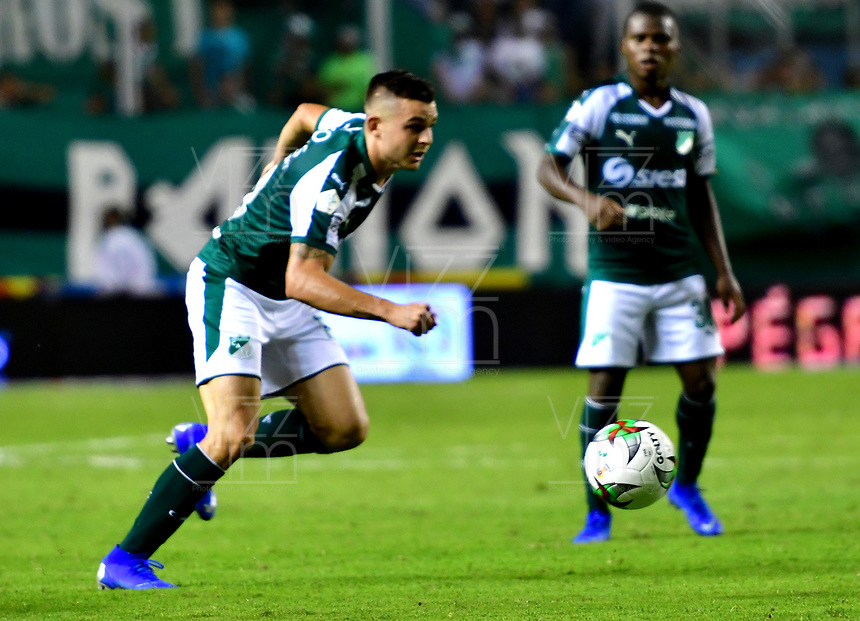 PALMIRA-COLOMBIA-26-01-2019: Nicolás Benedetti, de Deportivo Cali, durante partido de la fecha 1 entre Deportivo Cali y Atlético Bucaramanga, por la Liga Aguila I 2019, jugado en el estadio Deportivo Cali (Palmaseca) en la ciudad de Palmira. / Nicolas Benedetti, of Deportivo Cali, during a match of the 1st date between Deportivo Cali and Atletico Bucaramanga, for the Liga Aguila I 2019, at the Deportivo Cali (Palmaseca) stadium in Palmira city. Photo: VizzorImage  / Nelson Ríos / Cont.