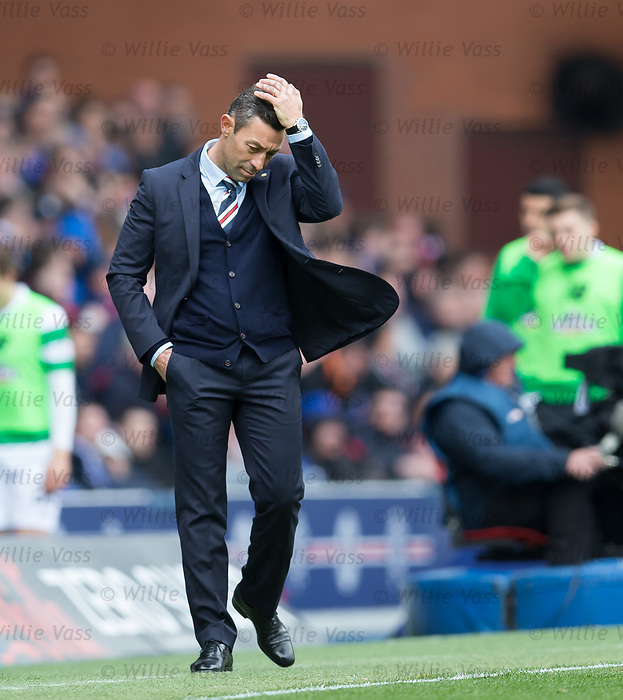 Dejection for Pedro Caixinha