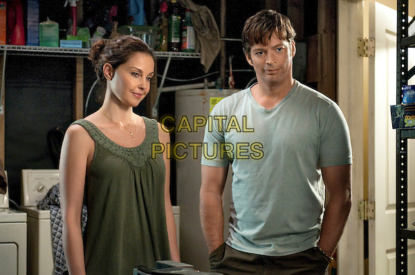 ASHLEY JUDD & HARRY CONNICK, JR..in Dolphin Tale.*Filmstill - Editorial Use Only*.CAP/FB.Supplied by Capital Pictures.