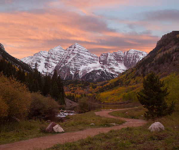 Sunset at the Maroon Bells and Maroon Lake in autumn, Aspen, Colorado. .  John leads hiking and photo tours throughout Colorado. .  John leads hikes and private photo tours in Boulder and throughout Colorado. Year-round.