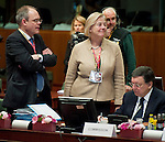 Brussels-Belgium - June 28, 2013 -- European Council, EU-summit, meeting of Heads of State / Government; here, Jos&eacute; (Jose) Manuel BARROSO (ri), President of the European Commission, with Catherine DAY (ce), Secretary-General of the European Commission, and <br /> Johannes LAITENBERGER (le), Head of Barroso-Cabinet -- Photo: &copy; HorstWagner.eu