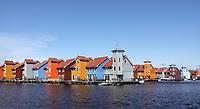 Nederland Groningen -  april 2019. Kleurige huizen bij Reitdiep haven. Foto Berlinda van Dam / Hollandse Hoogte