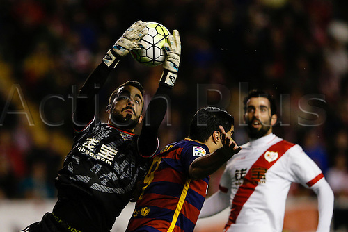 03.03.2016. Madrid, Spain.  Juan Carlos Martin Corral (13) Rayo Vallecano and Luis Alberto Suarez Diaz (9) FC Barcelona. La Liga match between Rayo Vallecano and FC Barcelona at the Vallecas stadium in Madrid, Spain