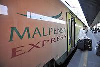 - Ferrovie Nord Milano, Cadorna station, Malpensa Express train....- Ferrovie Nord Milano, stazione Cadorna,  treno Malpensa Express