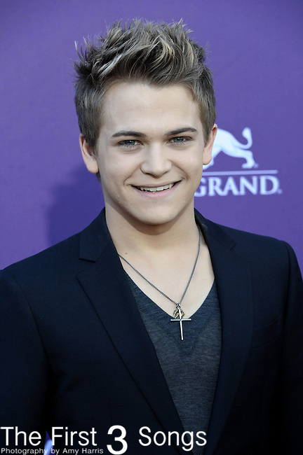 Hunter Hayes attends the 47th Annual Academy of Country Music Awards in Las Vegas, Nevada on April 1, 2012.
