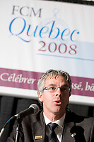 Francois Picard talks at the Federation of Canadian Municipalities (FCM) congress in Quebec city Monday June 2, 2008.<br /> <br /> PHOTO :  Francis Vachon - Agence Quebec Presse