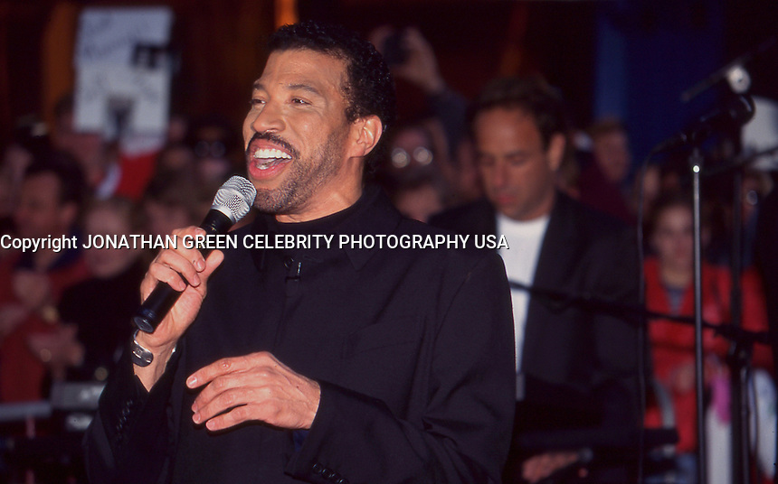 Lionel Richie 1996 by Jonathan Green