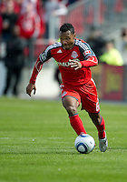 23 April 2011: Toronto FC midfielder Julian de Guzman #6 in action during a game between the Columbus Crew and the Toronto FC at BMO Field in Toronto, Ontario Canada..The game ended in a 1-1 draw.