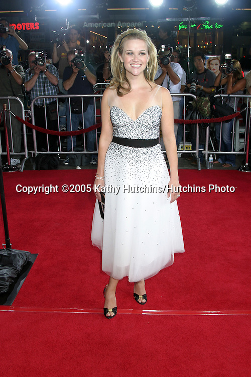 Reese Witherspoon.Just Like Heaven Premiere.Grauman's Chinese Theater.Los Angeles, CA.September 8, 2005.©2005 Kathy Hutchins / Hutchins Photo