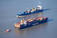Containerschiffe auf der Elbe: EUROPA, DEUTSCHLAND, HAMBURG 29.10.2019  Containerschiffe Washington Express und Vivia A  auf der Elbe