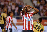 BARRANQUIILLA -COLOMBIA-03-05-2014. Edinson Toloza del Atlético Junior se lamenta al no anotar un gol a Itaguí en partido de vuelta por los cuartos de final de la Liga Postobón I 2014 jugado en el estadio Metropolitano de la ciudad de Barranquilla./ Edinson Toloza player of Atletico Junior regrets not scoring to Itagui  during second leg match for the quaterfinals of Postobon League I 2014 played at Metropolitano stadium in Barranquilla city.  Photo: VizzorImage/Alfonso Cervantes/STR