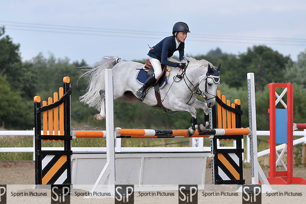 Class 6. British showjumping (BS) Juniors. Brook Farm Training Centre, Essex, England. 12/07/2015. MANDATORY CREDIT Garry Bowden/SIPPA - NO UNAUTHORISED USE - +447837 394578