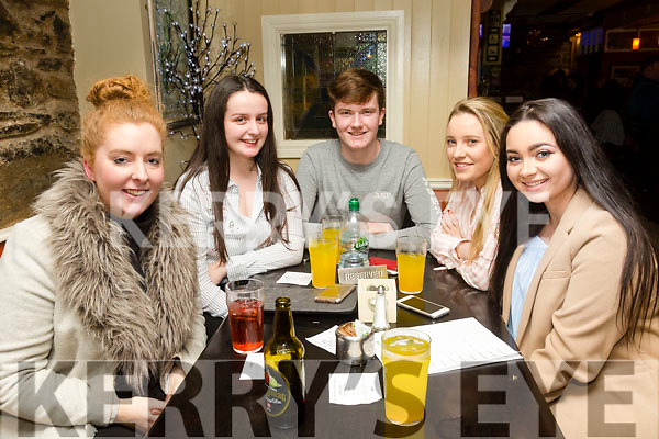 Enjoying the School of Music Evita fundraiser Table Quiz in the Brogue on Friday were l-r Gráinne O'Carroll, Kate Kelly, Cahal McLaughlin, Tracy O'Keefe and Clodagh Harrington