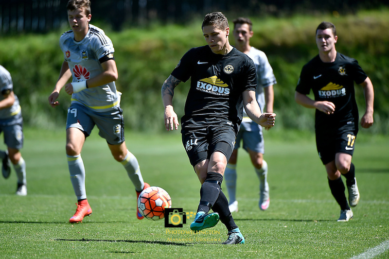 Team Wellington&rsquo;s Liam Higgins in action during the ASB Premiership Football - Team Wellington v Wellington Phoenix at David Farrington Park, Wellington, New Zealand on Sunday 20 December 2015.<br /> Photo by Masanori Udagawa. <br /> www.photowellington.photoshelter.com.